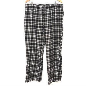 4/$25 Old Navy Black & White Plaid Pajama Pants